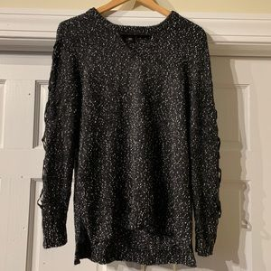 ROCK & REPUBLIC Sweater